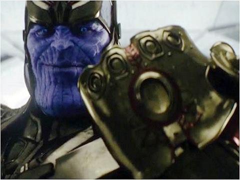 Avengers-Infinity-War-Thanos-Gauntlet