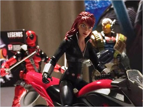 SDCC-2017-Marvel-Legends-Back-Widow-bike